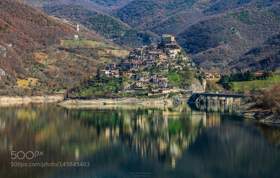 Popular on 500px : Castel di Tora si specchia by fabdis