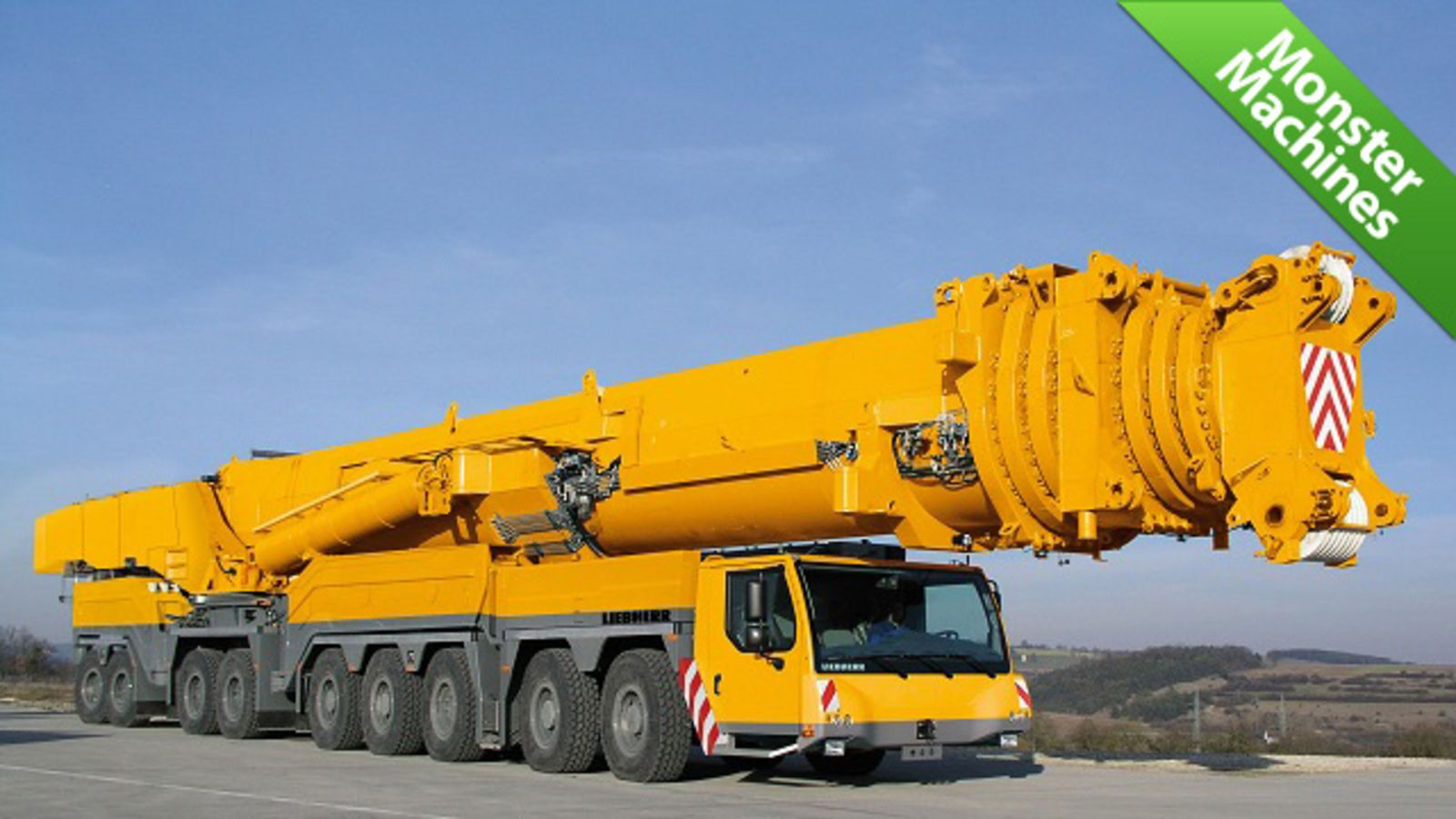 World S Tallest Mobile Crane Is Also World S Strongest With
