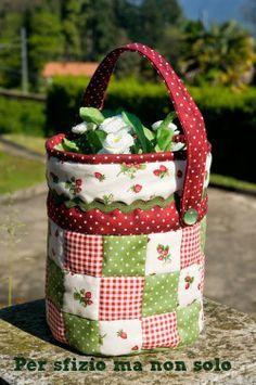Cucito creativo - cesto porta fiori patchwork
