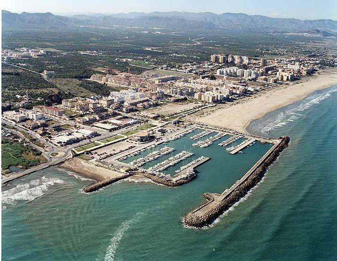 Sagunto Alquiler De Coches Ciudad Portuaria Valencia