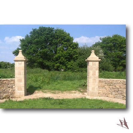 piliers en pierre de taille