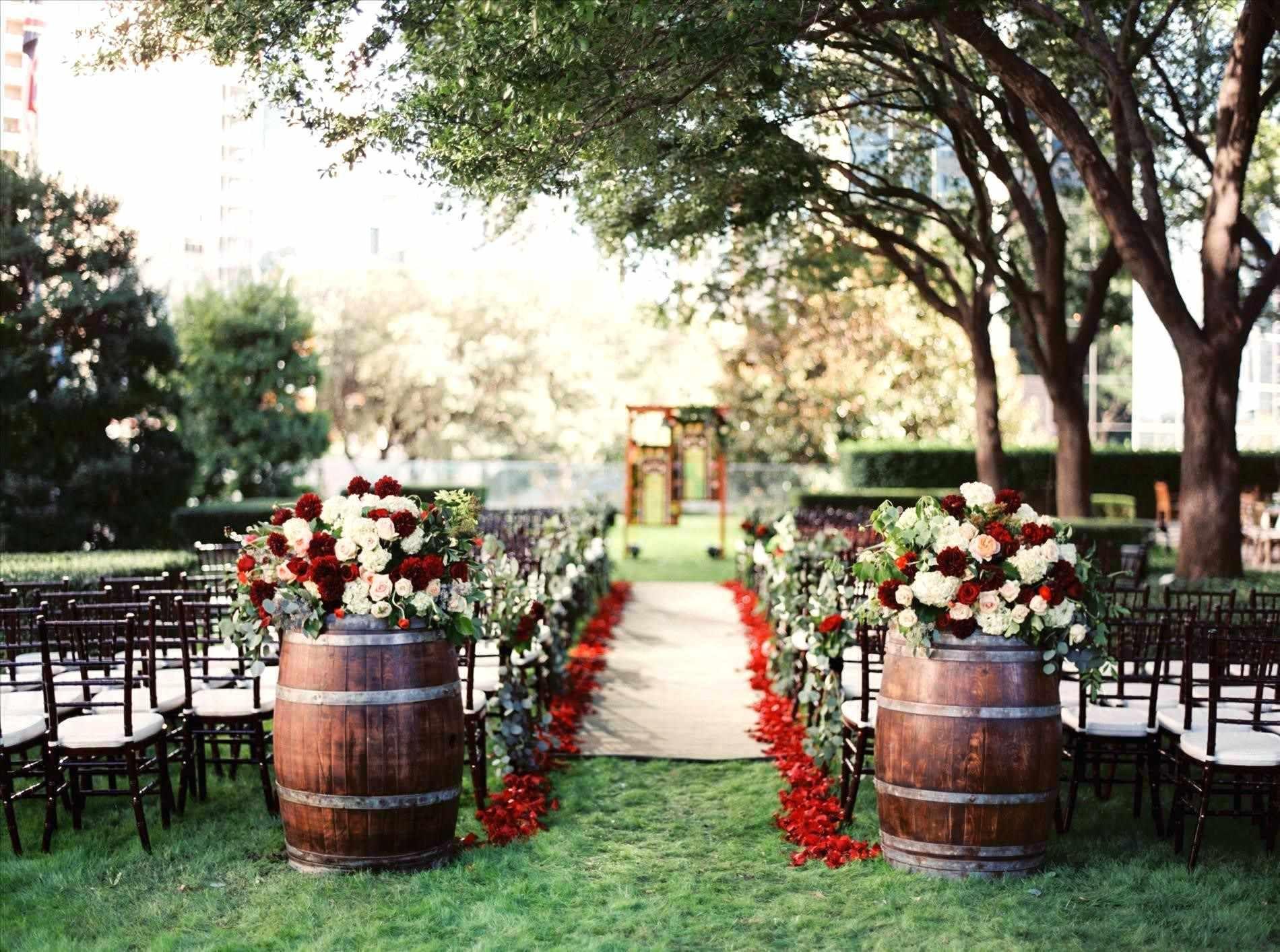 30+ Luxury Backyard Wedding Ideas Summer Photos | Outdoor ...