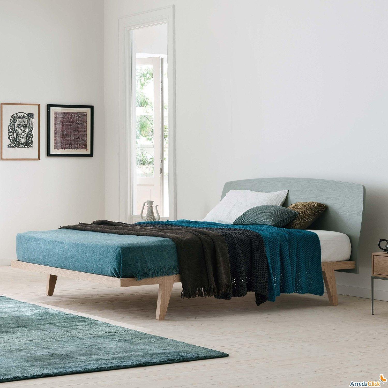 Holzbett modern  Blake modernes Holzbett als Doppelbett oder King-Size erhältlich ...