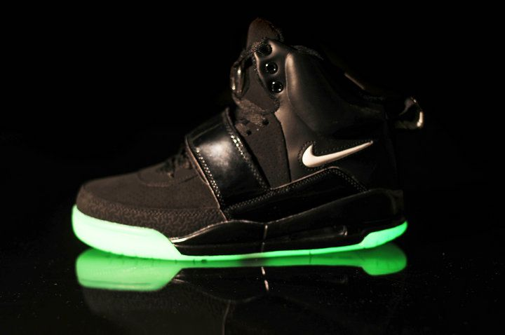 Glow In The Dark Nike Air Yeezy Black White Shoes