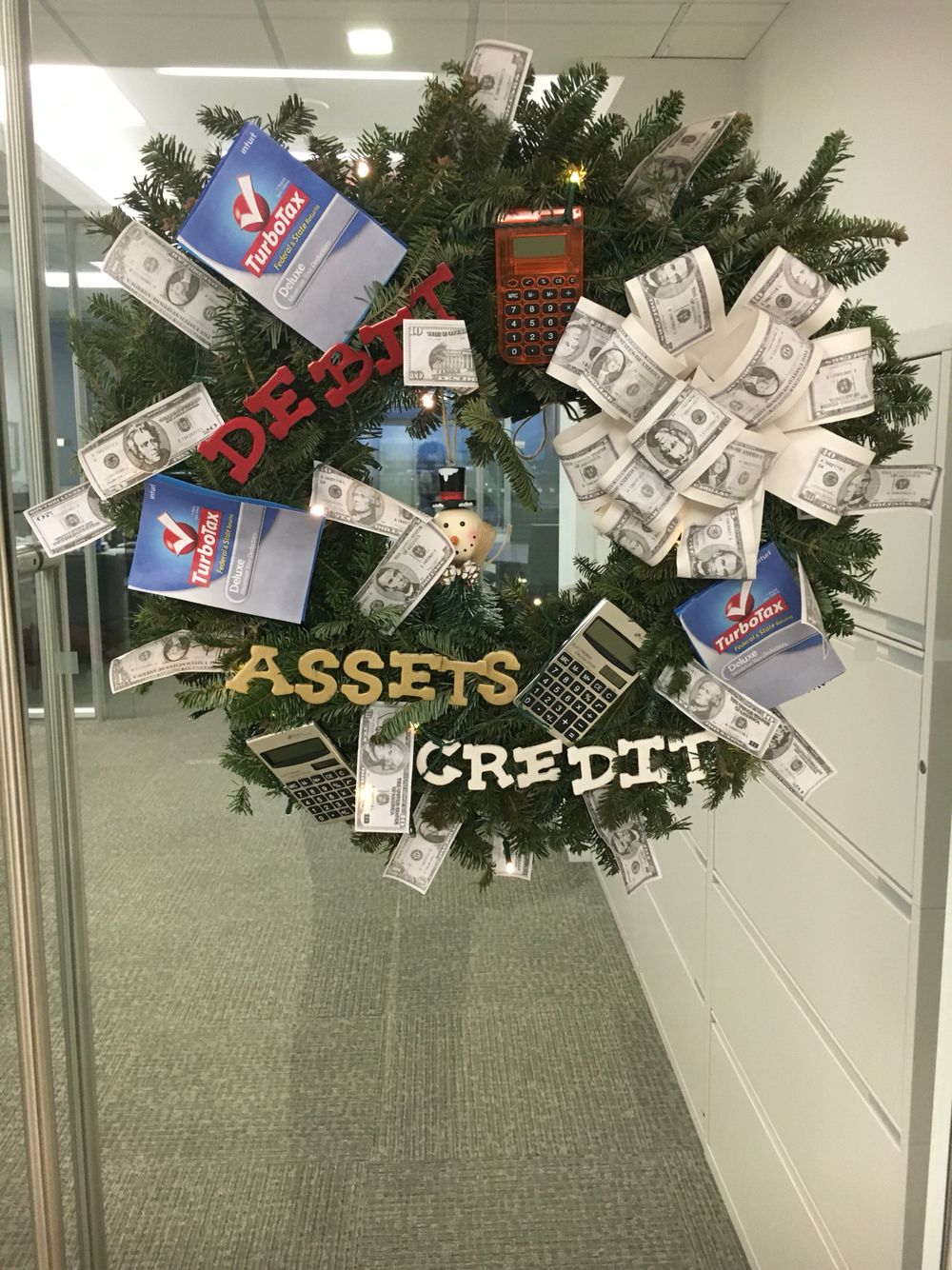 Accounting Themed Wreath For Work Christmas Tree Themes Christmas Wreaths Work Wreath