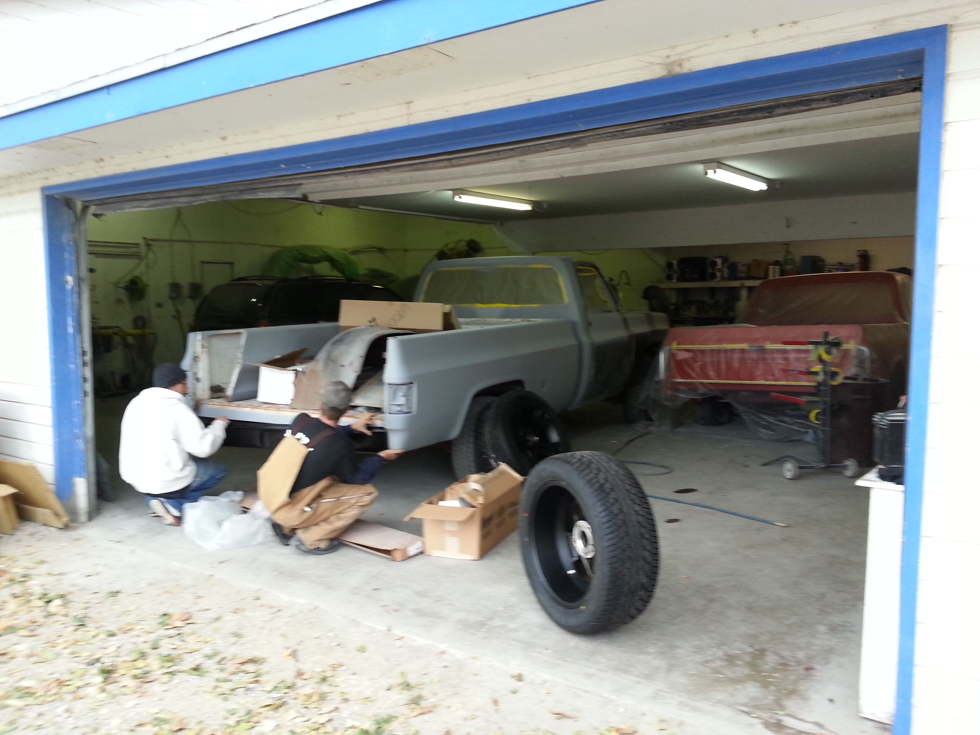Roll pan install Chevy c10, C10, Antique cars