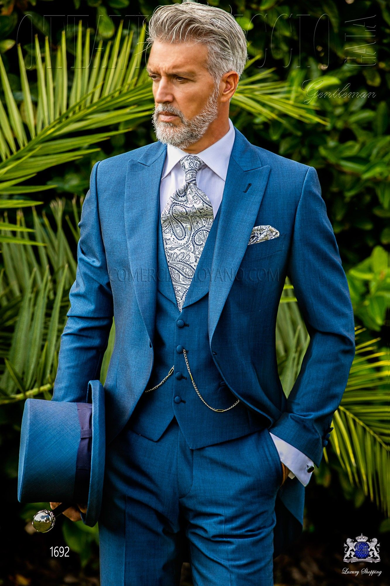 italienisch royal blaue cut anzug mit steigendes revers und 1 knopf aus mohair wollmischung. Black Bedroom Furniture Sets. Home Design Ideas