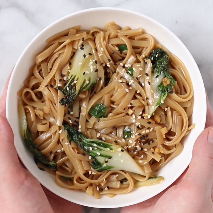 These 15-minute sesame ginger noodles will become your favorite go-to easy dinner! They're quick and easy to make, and naturally vegan and gluten-free!    These 15-minute sesame ginger noodles will become your favorite go-to easy dinner! They're quick and easy to make, and naturally vegan and gluten-free!