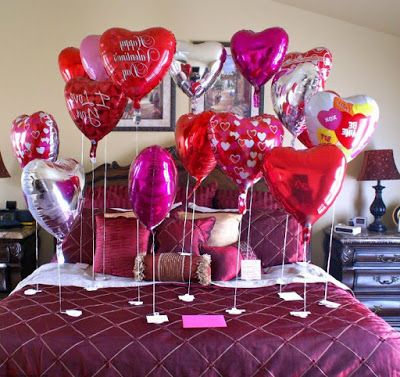 Romantic Home And Bedroom Decoration Valentines Day Ideas With Baloons Http Www Fashioncl Valentines Bedroom Valentines Day Decorations Valentine Decorations