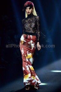 Vatanika at Elle Fashion Week 2013 Bangkok - see all at: http://www.allphotobangkok.com/index.php/vatanika-elle-fashion-week-2013-bangkok/