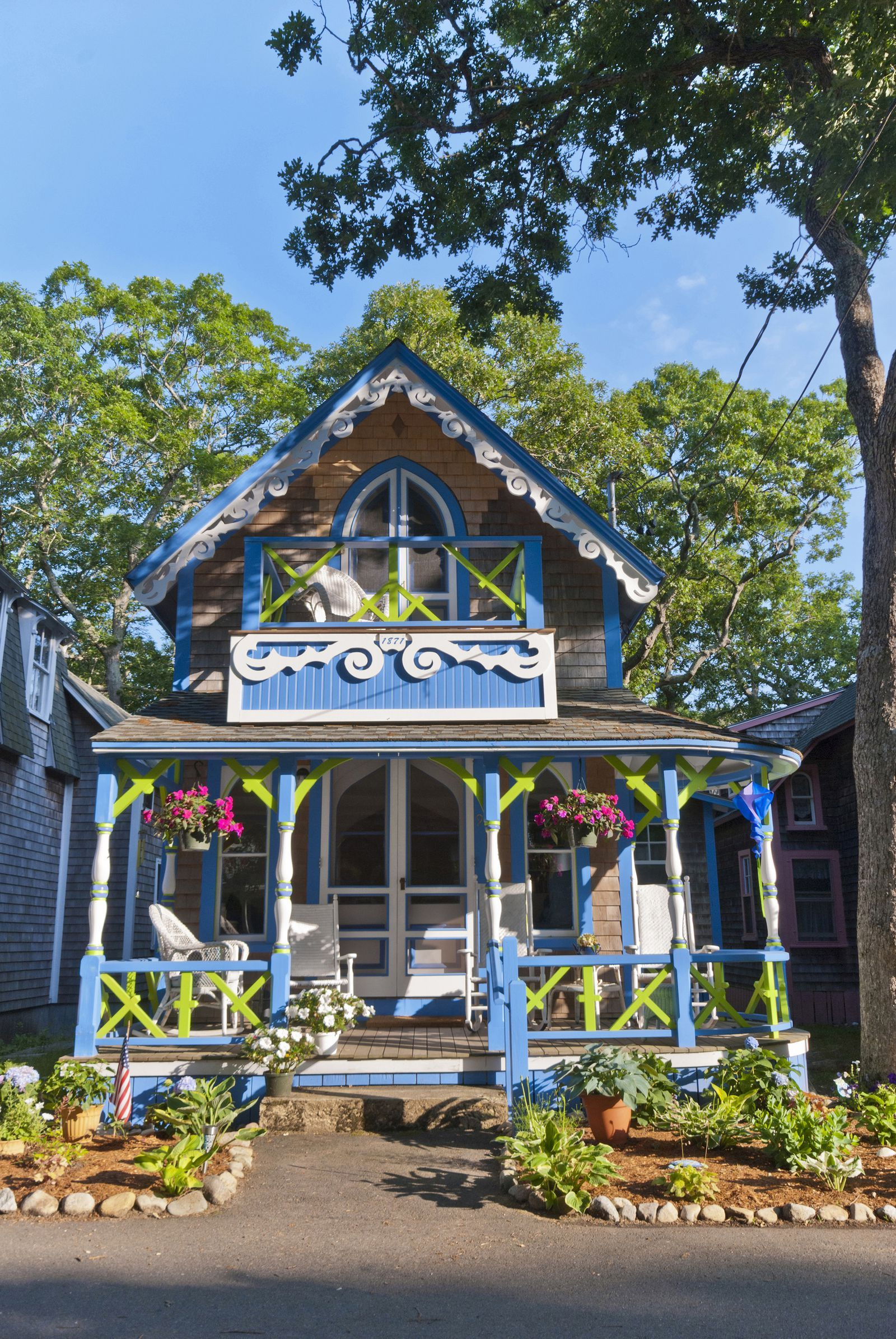 how to get to martha's vineyard from long island