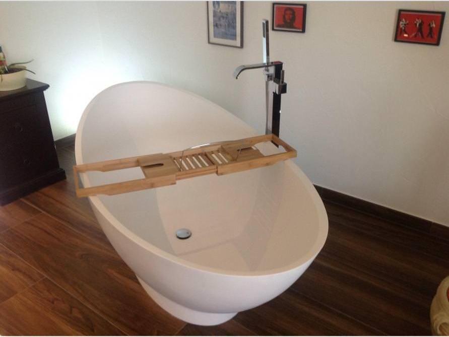 Freistehende Badewanne Como aus Mineralguss - Weiß matt oder ... | {Badewanne halb freistehend 97}
