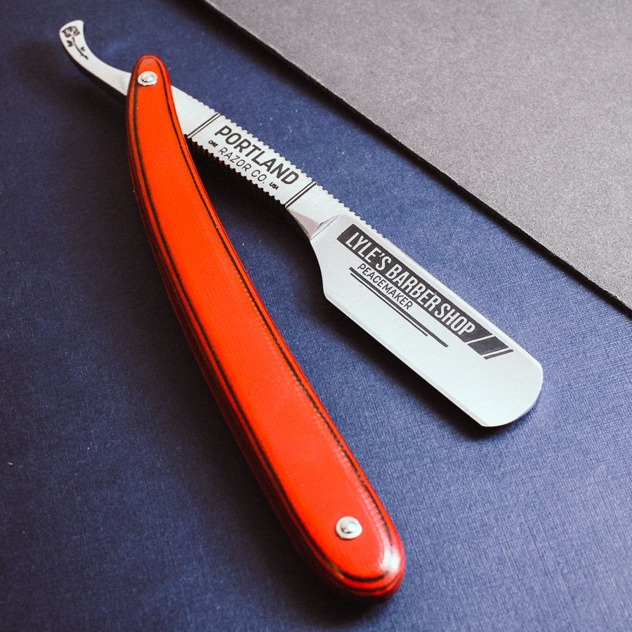 Can Barbers Use Real Straight Razors Straight Razor Barber Razor Barber