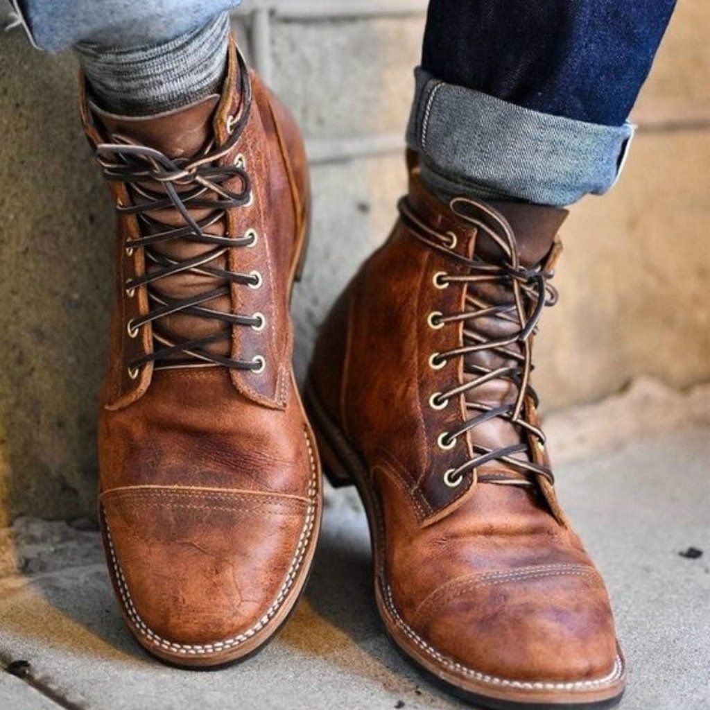 2502160f40ac 2018 Men Fashion Gentleman Vintage Leather Shoes Lace Up Pointed Toe  Business Shoes Cute Hiking Boots Men Outfits