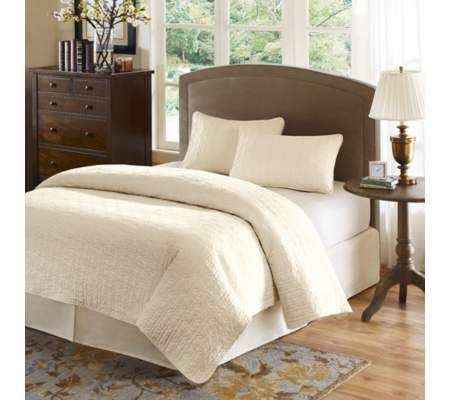 Hampton Hill Velvet Touch Ivory King Coverlet Set | 55DowningStreet.com 249  Ivory