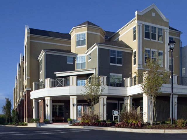 Can You Get An Apartment At 18 In Georgia Parc Alpharetta Is An Age Restricted Apartment Community For Active Adults 55 And Older Conveniently Located In T Apartment Communities House Styles Alpharetta