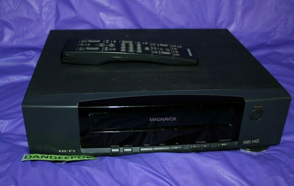 Magnavox VCR Video Cassette Tape Player Recorder VR9260 With Remote