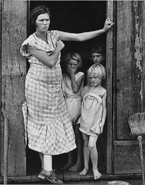 Wife and children, ca. 1935, of a sharecropper in Washington County, Arkansas.