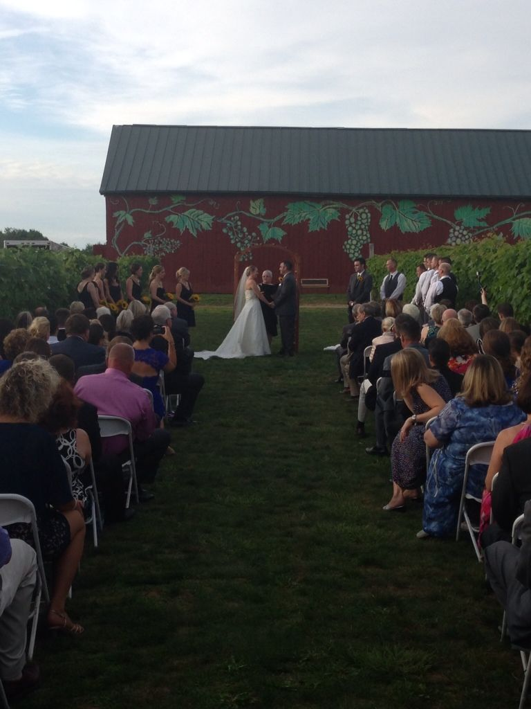 Best Wedding Dj Ceremony And Reception Music At Rosedale Farms Vineyards Simsbury Ct