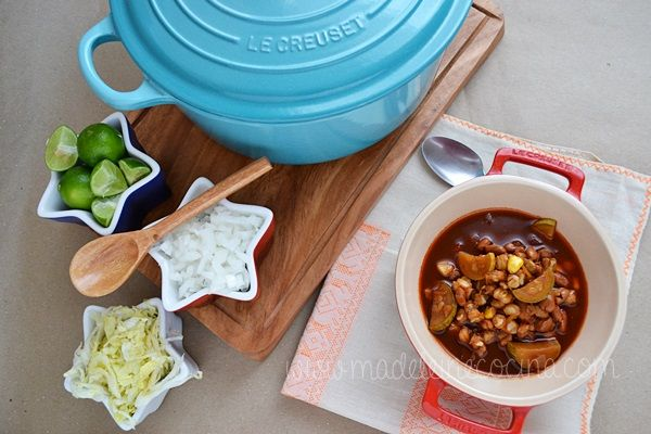 Sopa de vegetales con maíz pozolero