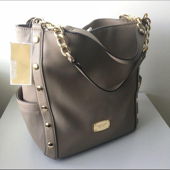 4be870c911 Absolutely gorgeous Michael Kors Delancy Black Leather MD Shoulder Tote Bag  38F3YDEE2L ❗️100 PRICE DROP❗️Michael Kors Delancy Tote 500 dollar-bag!