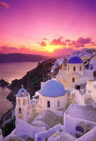 Algún día visitare Grecia y disfrutare un atardecer como este.