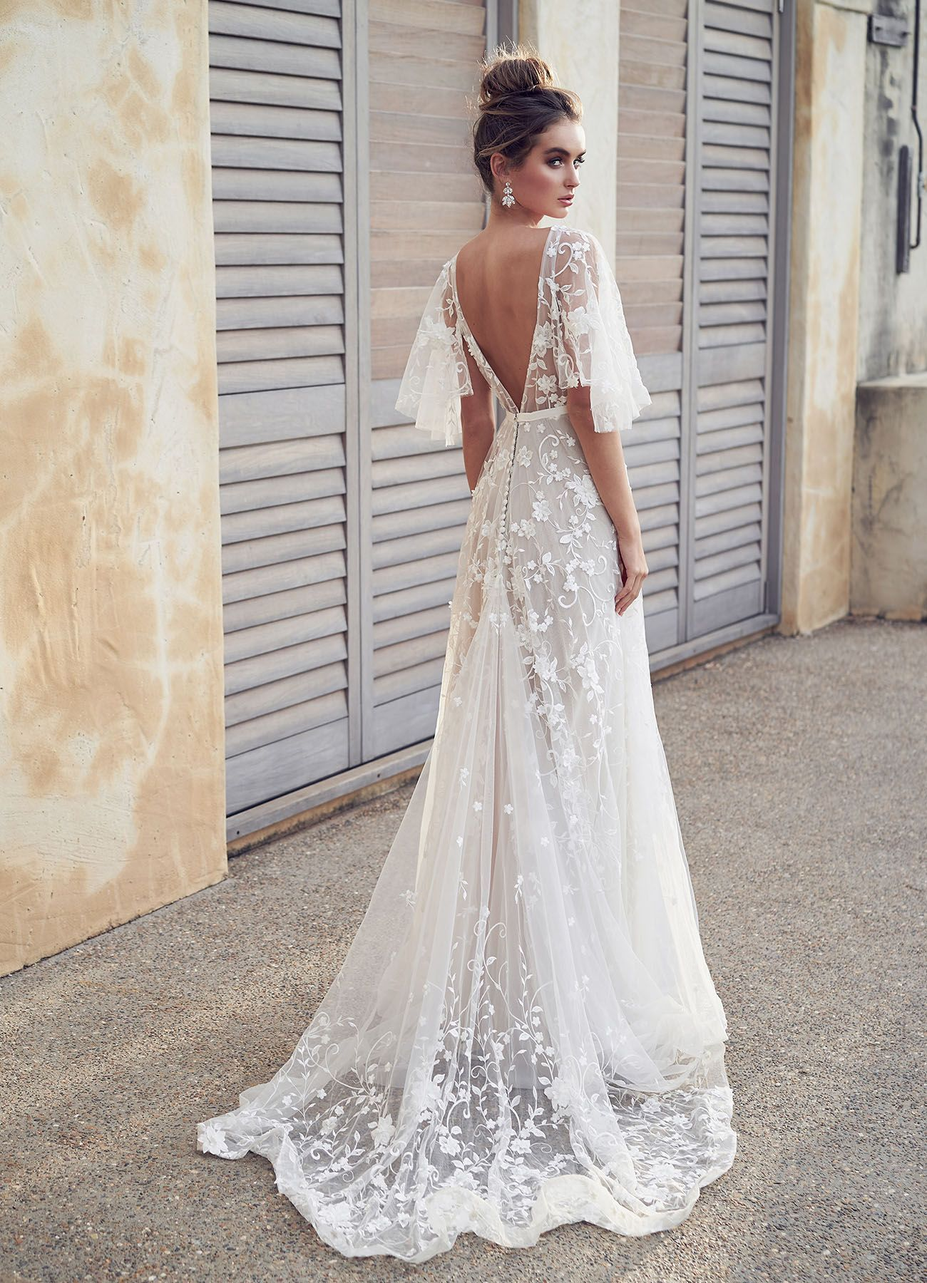 Lace wedding dress for short person january 2019 Anna Campbell Wanderlust Wedding Dress Collection for the Modern