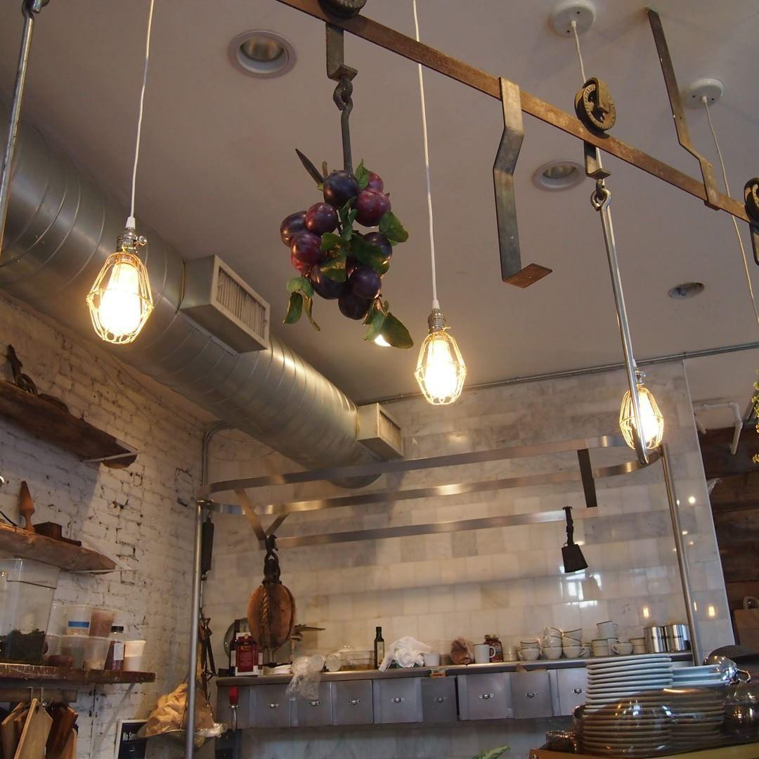 無骨さが際立つ ニューヨークのnolita地区にあるヴィーガンカフェ