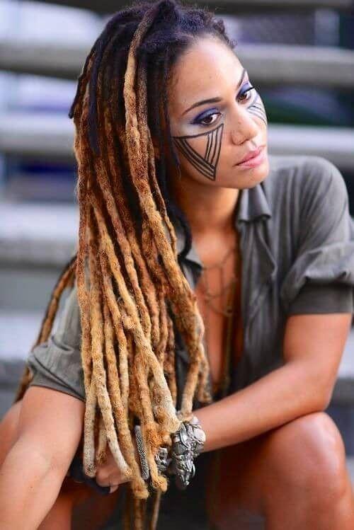 40 + wilde blonde Dreadlocks-Frisuren für schwarze Männer und Frauen