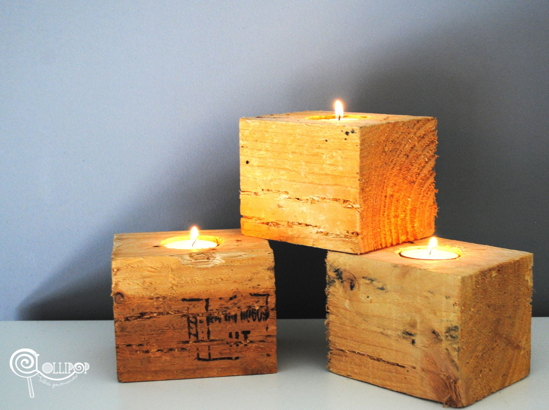 Porte bougie en bois de palette et sa bougie luminaires for Porte bougie bois flotte