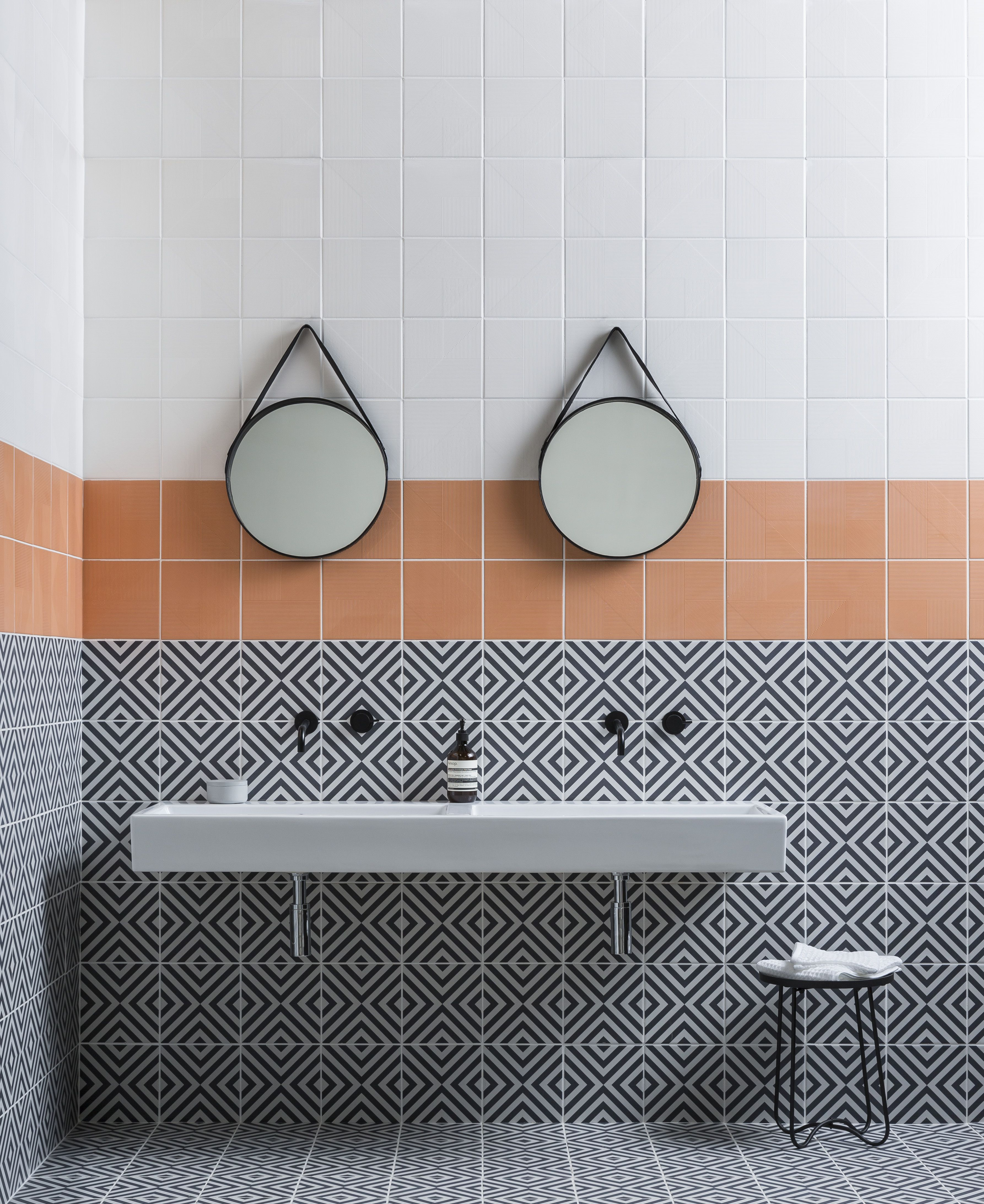 Looking For Tiles For Your Small Bathroom Bathroom Wall Tile
