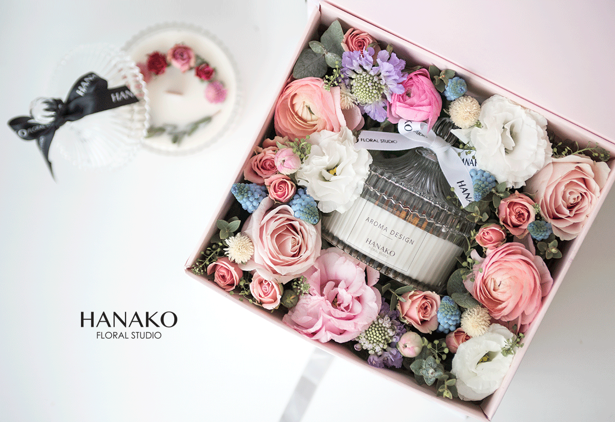 Gift Flower Box with handmade dried flower aroma candle