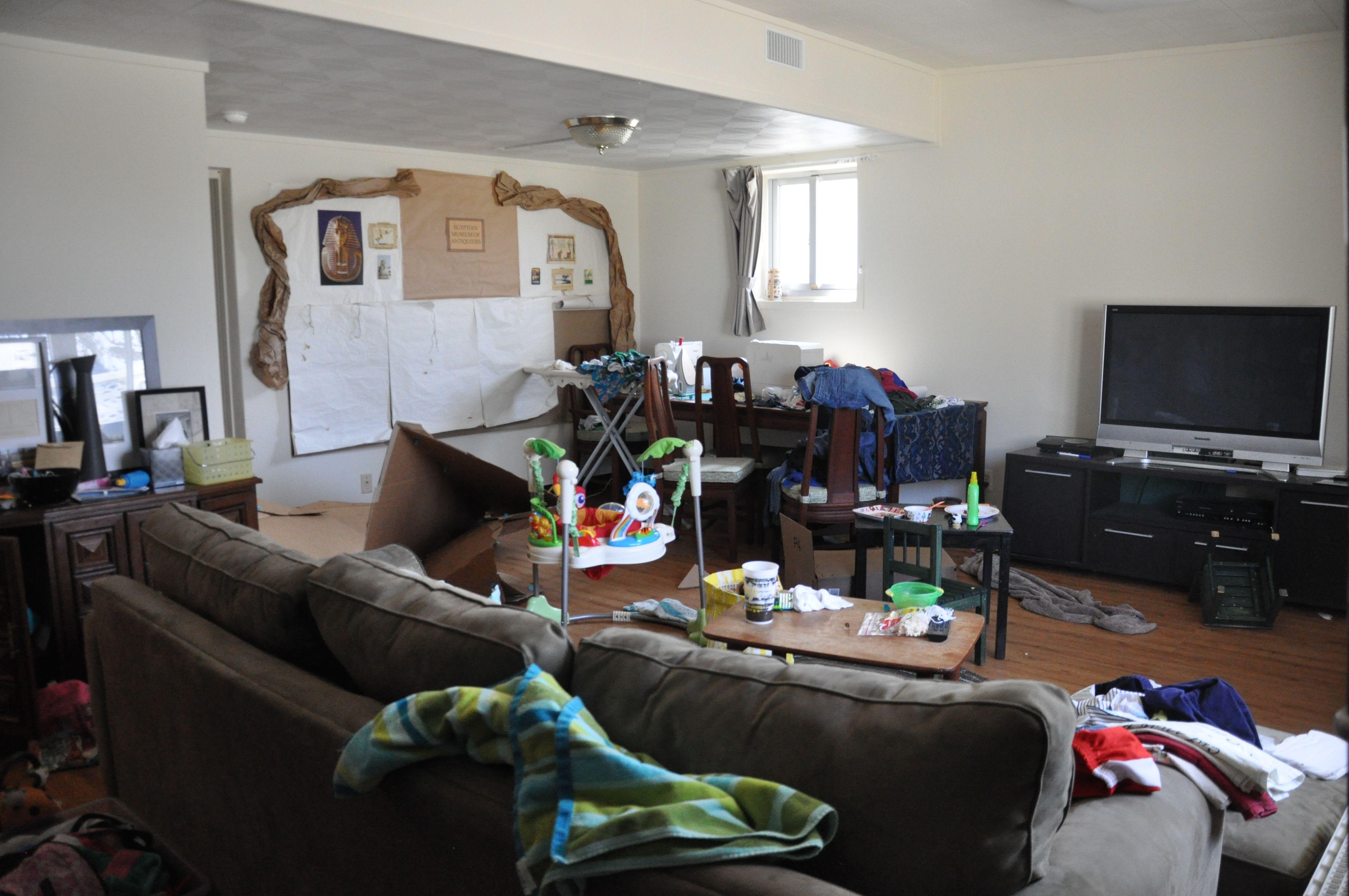 Best 25  Messy room ideas on Pinterest | Messy bedroom, Arty ...