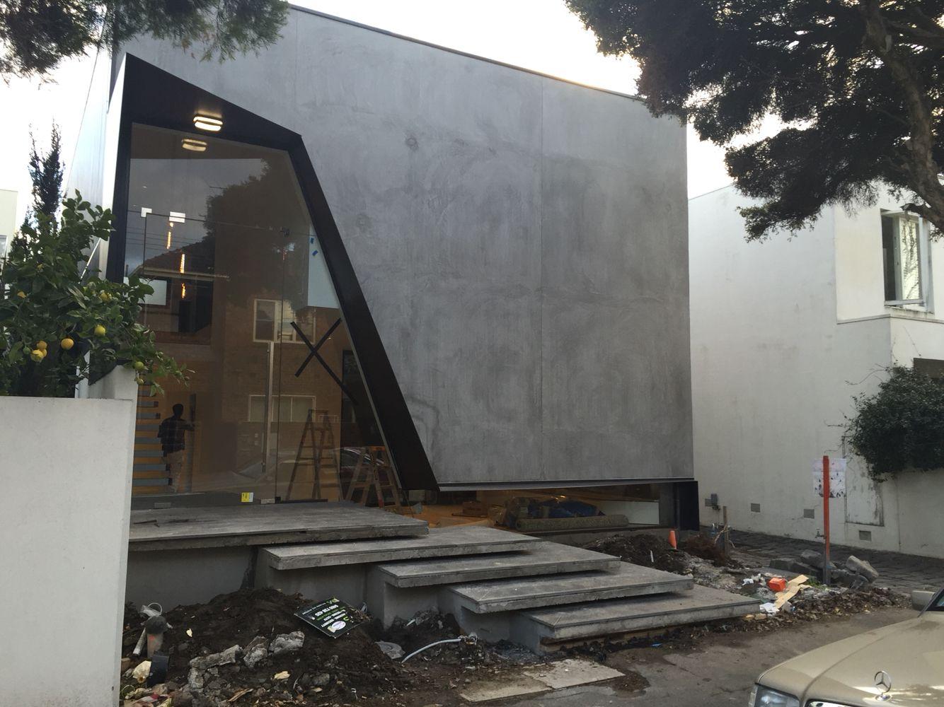 Concrete Look Rendered Finish Architecture Exterior Concrete Retaining Walls Landscape Steps