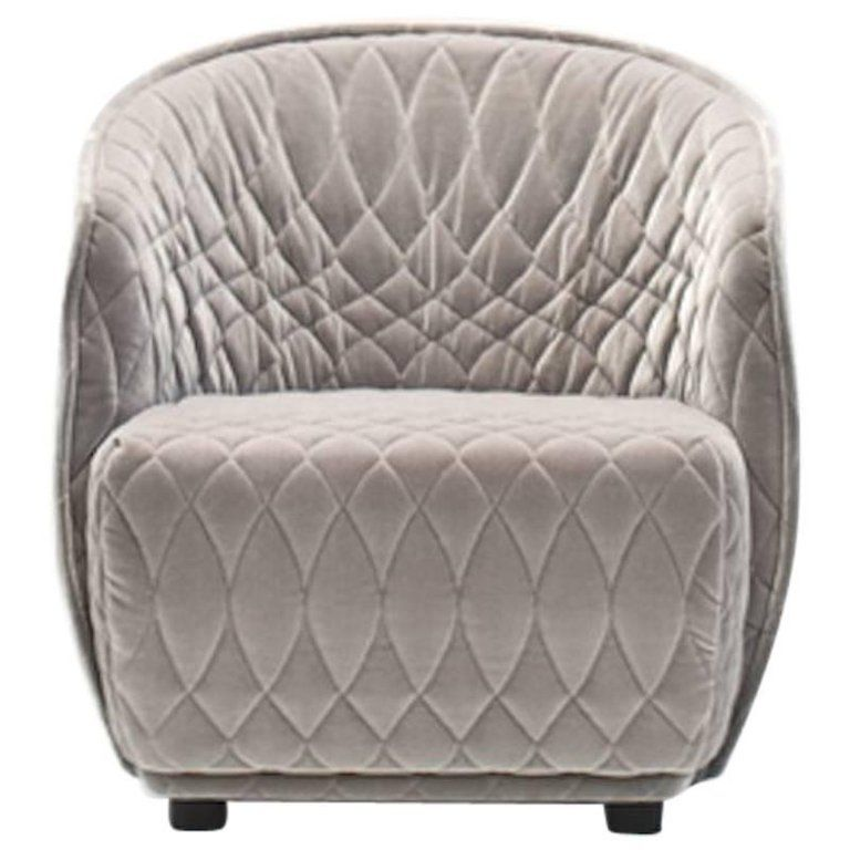 For Sale On 1stdibs Moroso Redondo Armchair In Tufted Upholstery