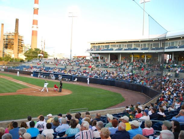 The Ballpark At Harbor Yard Bridgeport Ct Home Of The Bridgeport Bluefish Ballparks Arenas Bridgeport