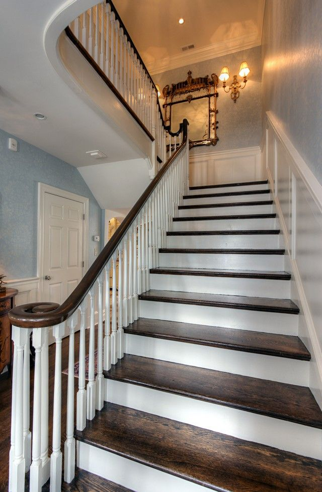 Best Center Stairs Stairs House Design Staircase 400 x 300