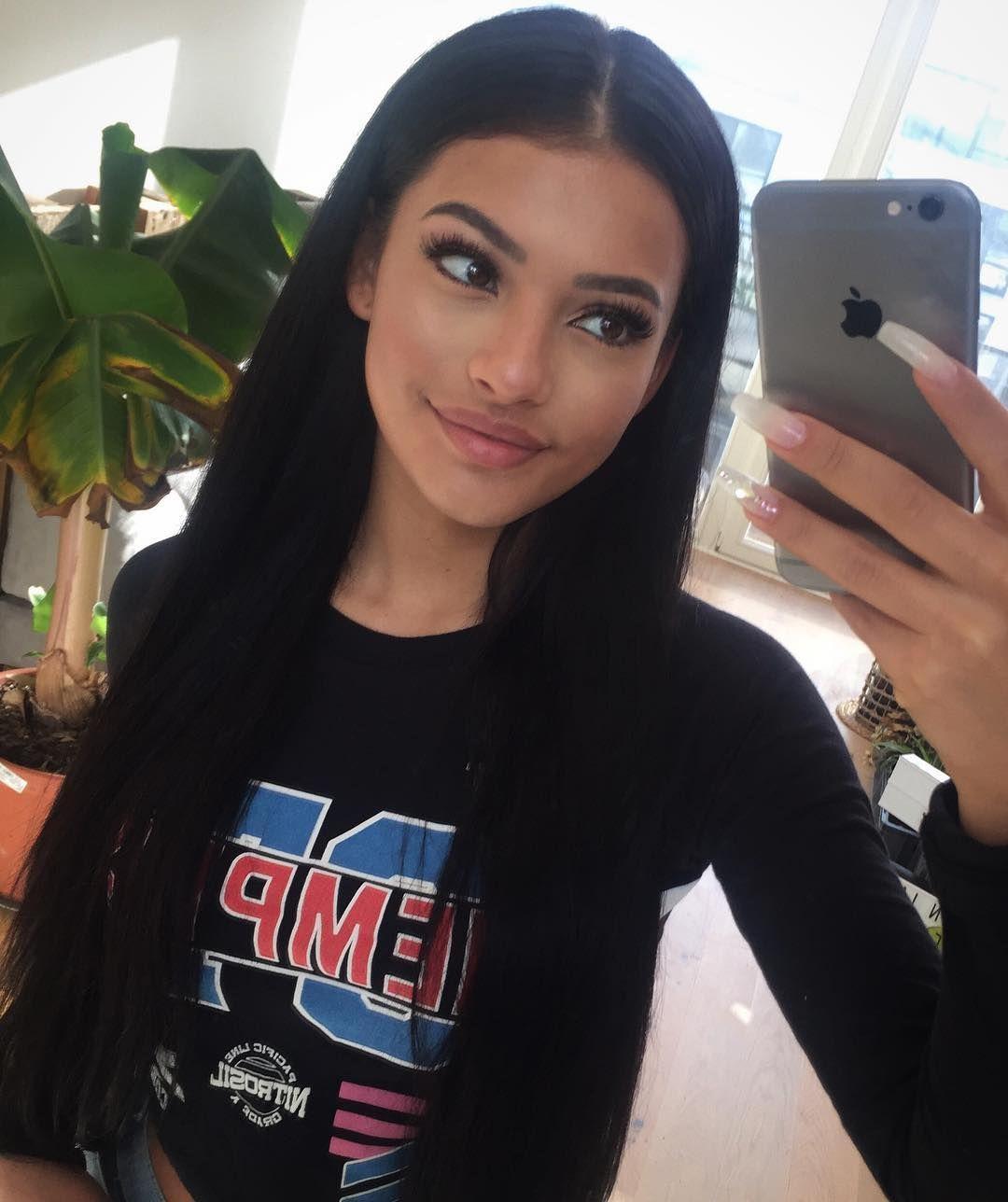 """Ivana Santacruz 💃🏾 en Instagram: """"Te deseo una buena noche ✨ – Esta semana recibo visitas 💃🏾 Luego se vuelven a hacer algunos videos de baile 😜 Ya puedes …"""""""