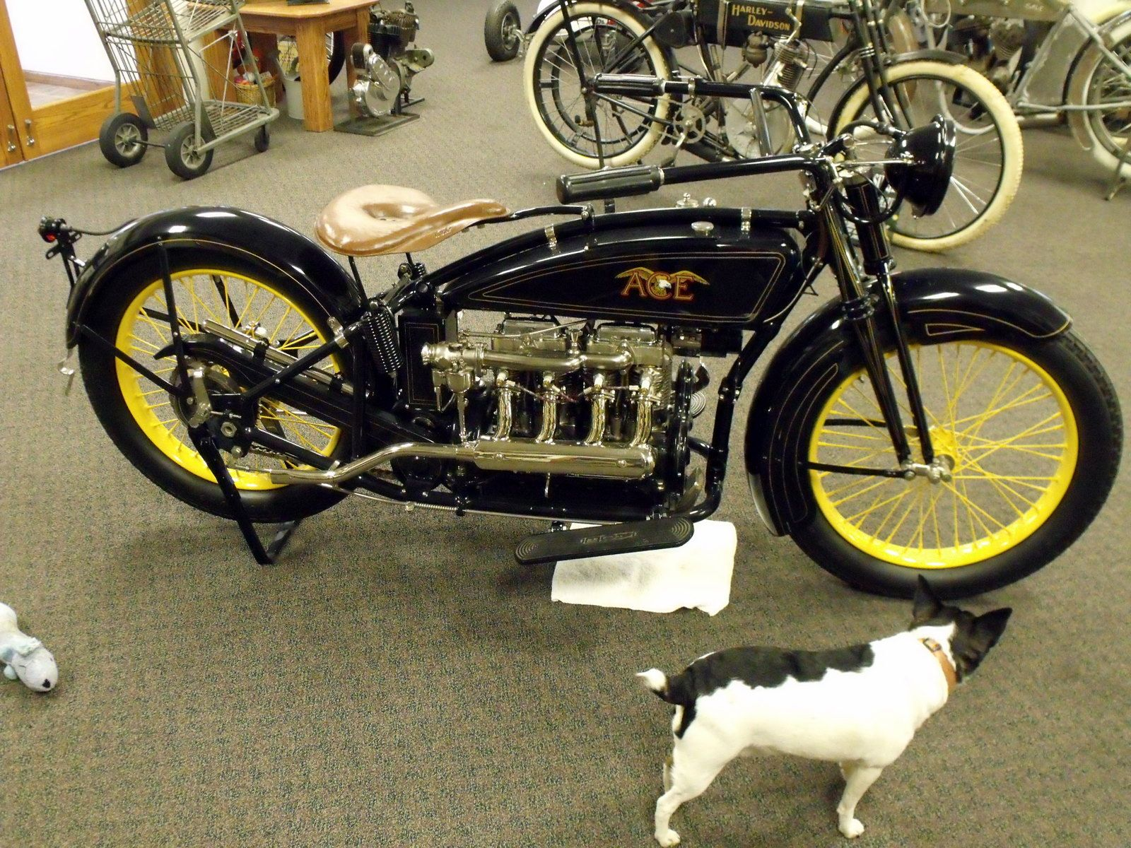 1922 Ace Motorcycle Painted By Dutch Bros Garage Contact Info Dutchbrosgarage Gmail Com Motorcycle Painting Motorcycle Antique Motorcycles