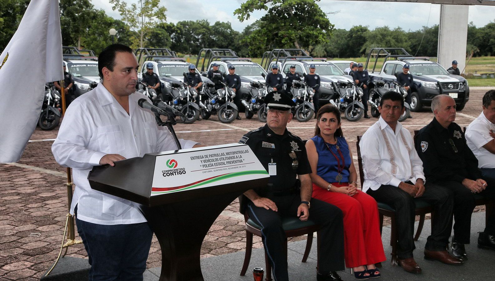 REFUERZA EL GOBERNADOR LA VIGILANCIA POLICIACA CON LA ENTREGA DE 45 PATRULLAS Y MOTOPATRULLAS A LA SECRETARÍA DE SEGURIDAD PÚBLICA