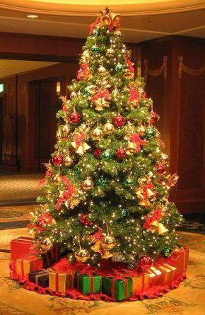 Arvore De Natal Com Bolas Vermelhas E Douradas Pesquisa Google