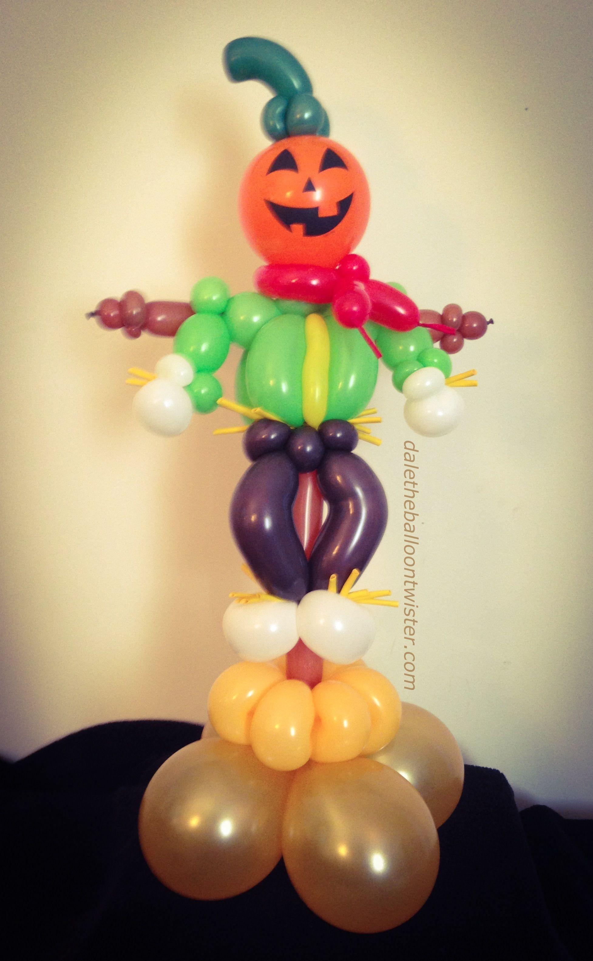 hayes - Halloween Balloon Animals
