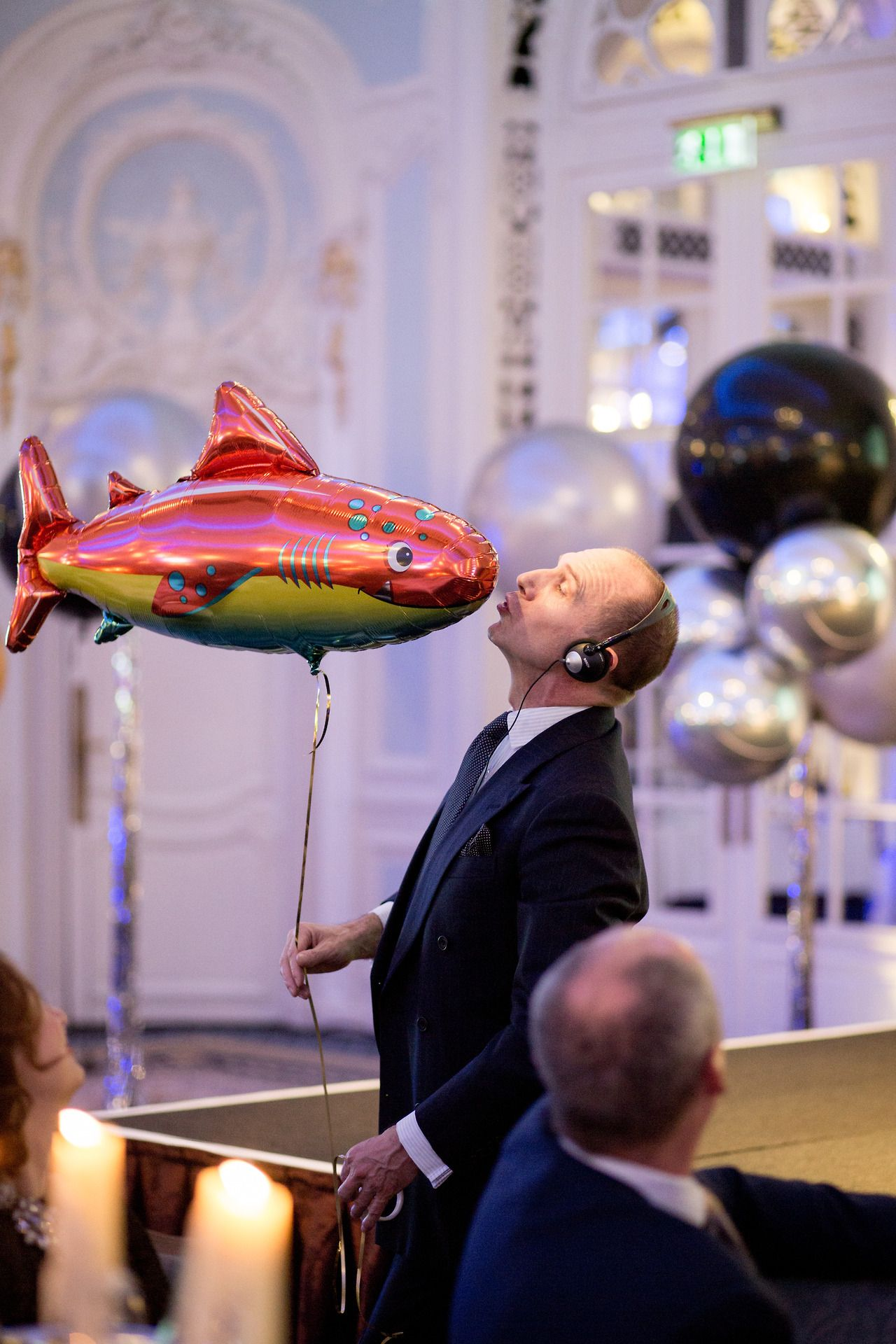 Ralph Fiennes and his baloon at the Russia old new year