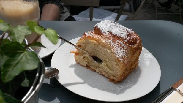 Inspirational Zimtschnecke at LuLa am Markt Berlin Cake Kuchen Caf s misslizloves