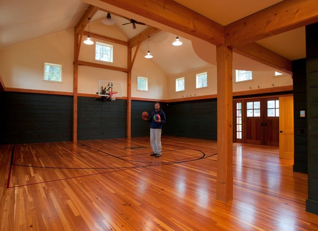 This is the frosting on top! Barn loft, Basketball court