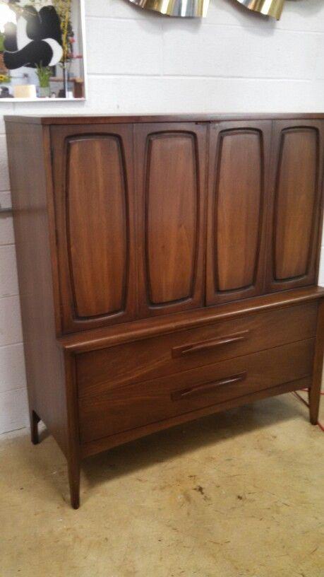 Mid Century Broyhill Emphasis Gentleman S Dresser High Boy Chest