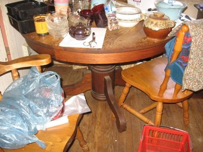 round antique table with wooden chairs 4-3-16