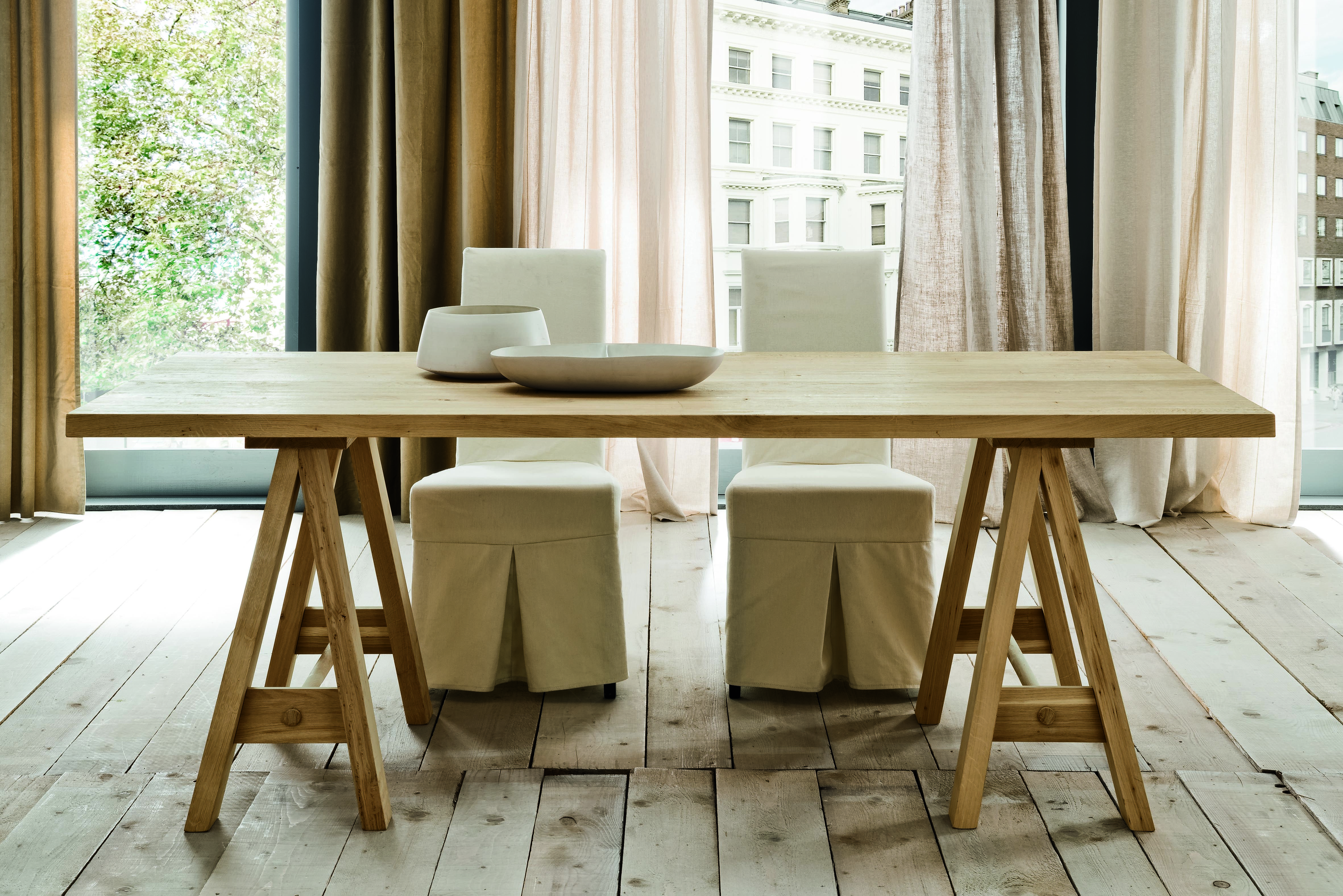 Parigi Table With Horse Legs By Altacorte Ecolab Collection