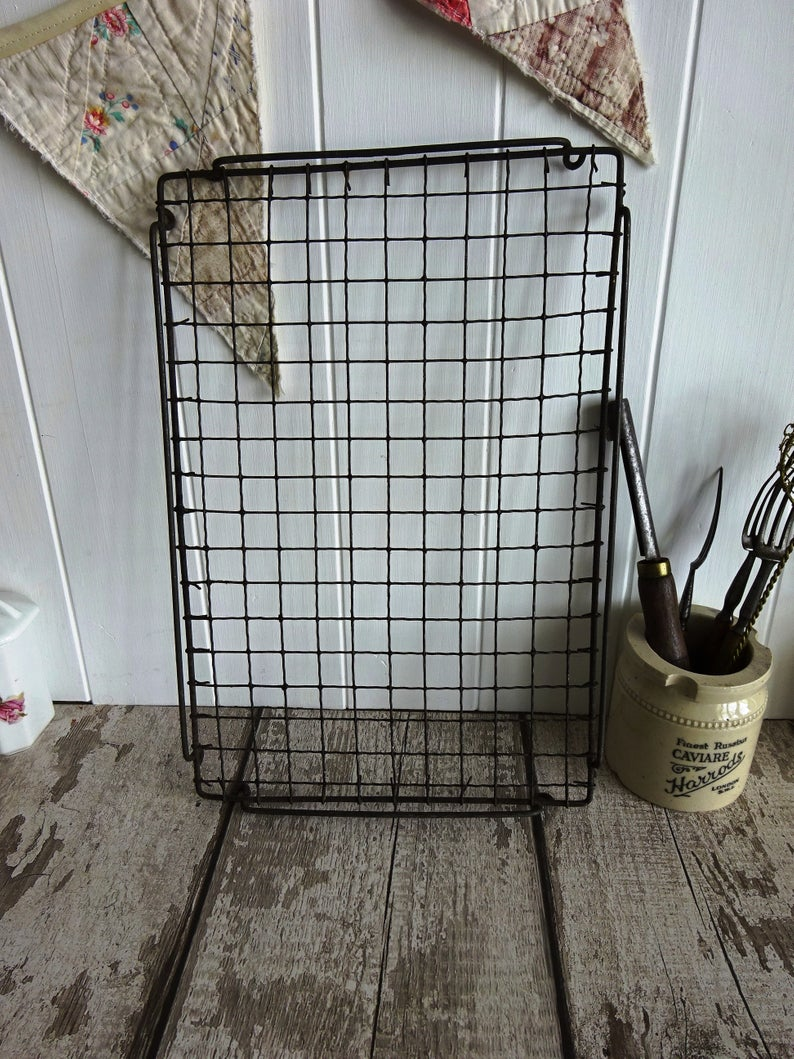 Vintage English Galleried Crinkle Wire Cooling Rack Tray Wirework
