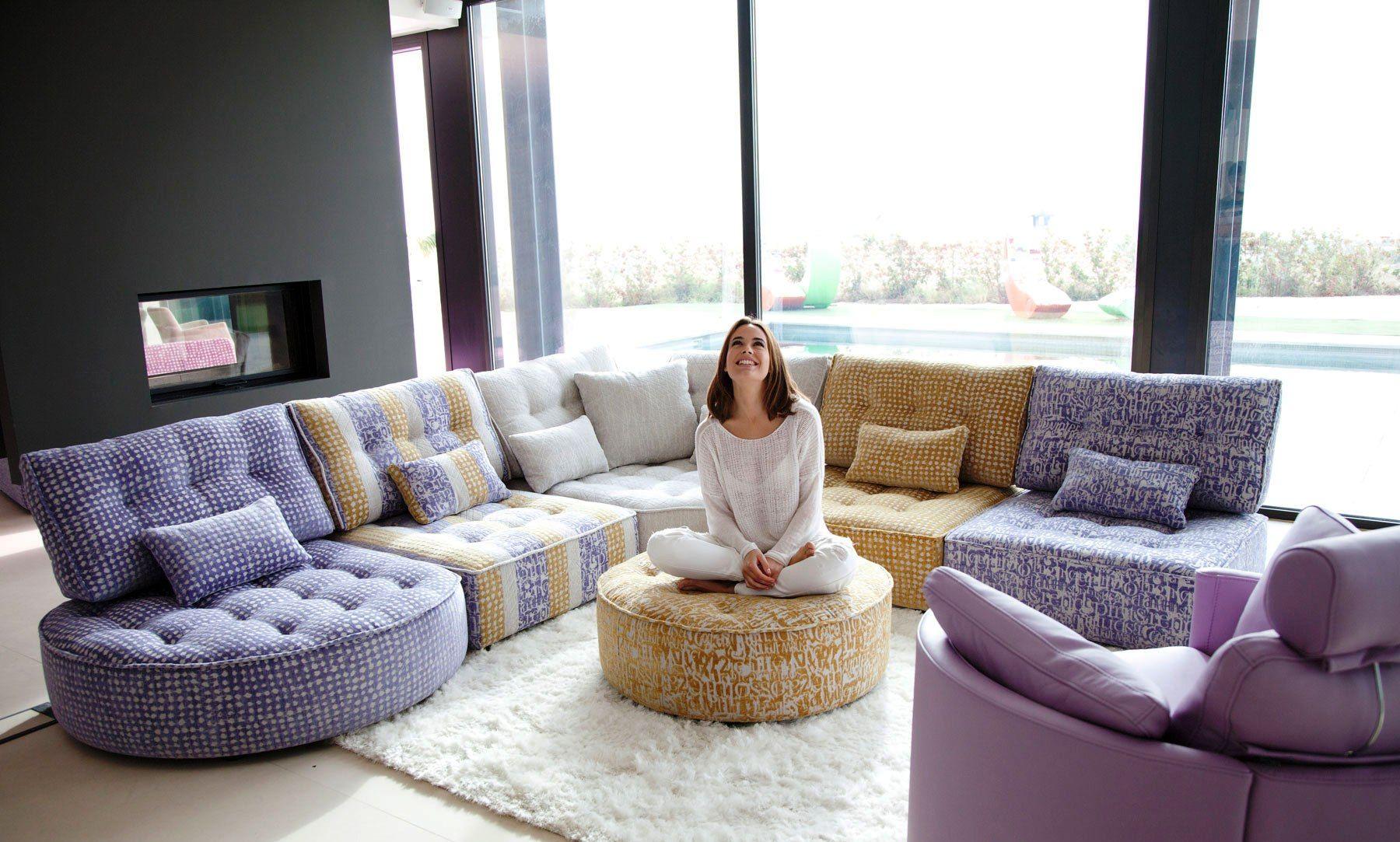 Pin De Fama Living Montreal En Arianne Love Mah Jong Sofa In  # Muebles Ejido San Carlos
